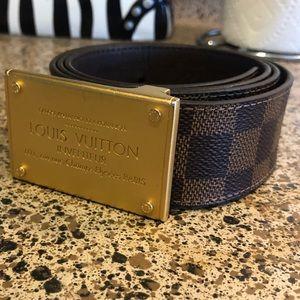 Louis Vuitton reversible monogrammed belt